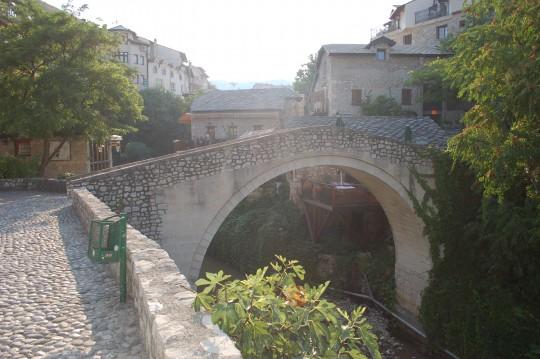 Rincones en el interior más tranquilo de Mostar.