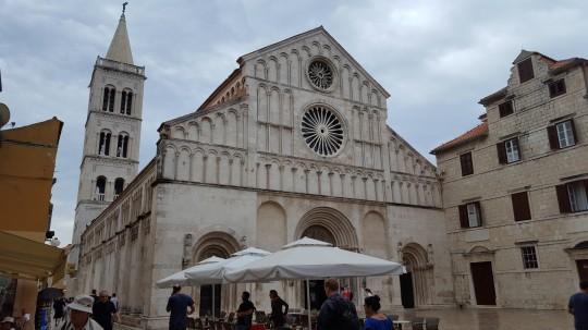 Fachada de la catedral de Santa Anastasia.