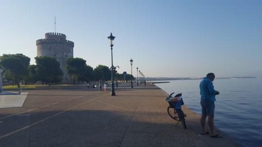 La Torre Blanca preside el paseo marítimo de Salónica, Leóforos Niki.