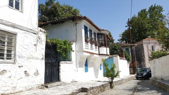 Casas turcas cerca del barrioi pomaco.
