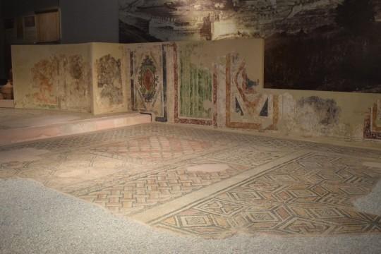 Tres imágenes del Museo de la Cultura Bizantina.