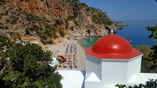 La playa de Kirá Panagia, desde la iglesia del mismo nombre, en la isla de Kárpathos.