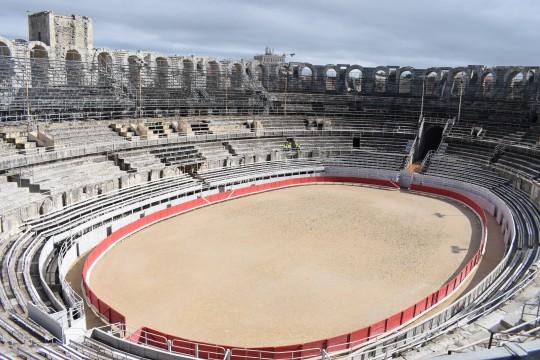 Inerior del anfiteatro, preparado para la Feria taurina.