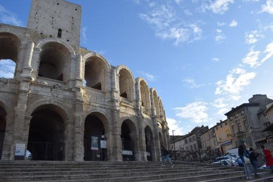 Exterior de Las Arenas de Arles, en el centro