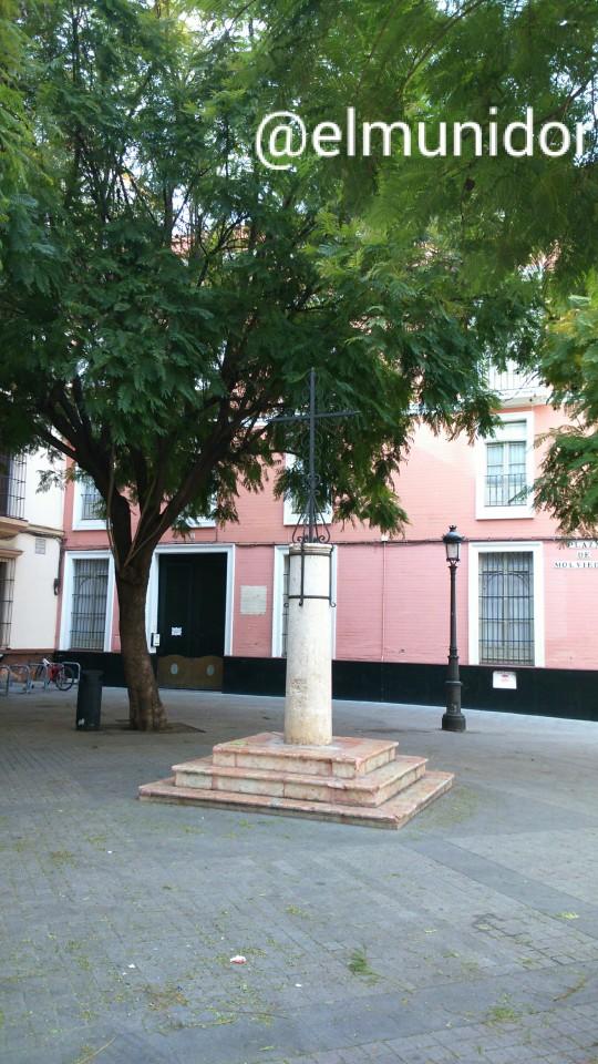 Plaza de Molviedro Sevilla