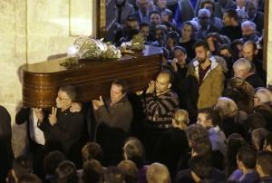 entierro de María del Castillo Vargas Amaya, victima de un crimen machista en Lebrija
