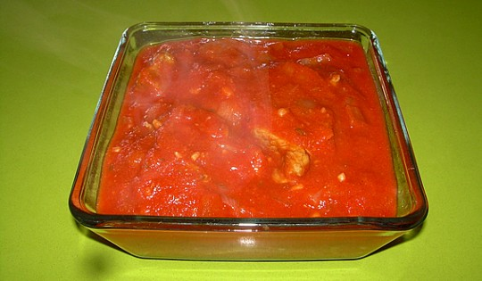 Carne con tomate