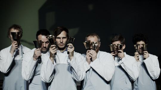 Pantha du Prince, tercero por la izquierda, junto a los integrantes de The Bell Laboratory. / Katja Ruge